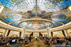 Galaxy Macau. Découvrez tous les casinos du monde et leurs meilleures offres sur www.casinosavenue.com