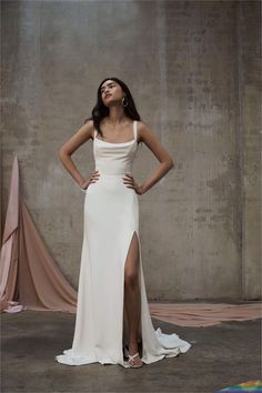 Our PJB Mira gown is made from a heavy weight silk faille with a silk satin lining. Dream Wedding Dresses, Prom Dresses, Formal Dresses, Plain Wedding Dress, Rustic Wedding Dresses, Gorgeous Wedding Dress, White Simple Wedding Dress, Couture Wedding Dresses, Sheath Wedding Dresses