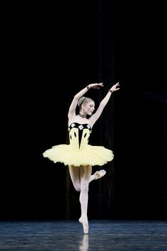 Sarah Lamb in Scènes de ballet.  Photo: Johan Persson.
