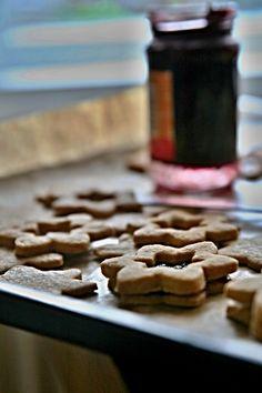 Christmas Cookies, Cereal, Sweets, Breakfast, Recipes, Food, Xmas Cookies, Morning Coffee, Christmas Crack