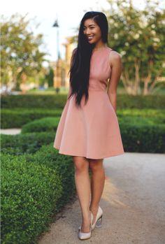 peach nude tea dress 2017 with classic pumps