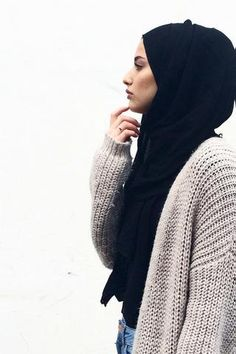 The Modal Maxi Wrap is back! This hijab-collection staple features a strong woven knit with a stunningly soft airy finish that feels like the softest wool. The Modal Maxi Wraps are slightly wider (app