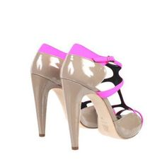 nude and pink heels! #love