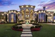 Big Mansions, Mansions For Sale, Mansions Homes, Luxury Mansions, Mansion Interior, Home Interior, Dream Home Design, Modern House Design, Mansion Designs