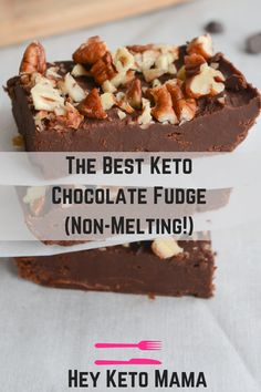 This is the BEST keto chocolate fudge. I say that because not only is it delicious and made of simple ingredients, it also doesn't melt in your hands! USE BAKERS UNSWEETENED CHOCOLATE 2 OZ instead of chocolate chips! Low Carb Sweets, Low Carb Desserts, Low Carb Recipes, Dessert Recipes, Protein Recipes, Dinner Recipes, Key Lime, Stevia, Keto Approved Foods