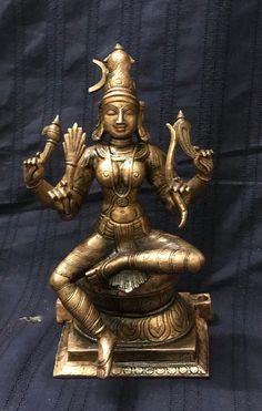 Indian Idol, Indian Art, Hindu Deities, Hinduism, Sculpture Art, Sculptures, Saraswati Statue, Lord Vishnu Wallpapers, Brass Statues