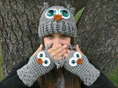 Crochet Owl Fingerless Gloves Wrist Warmers with Aqua Safety Eyes and Soft Ash Gray Acrylic Yarn Size Womans Regular OR Large via Etsy Crochet Owl Hat, Crochet Gloves, Crochet Gifts, Knit Crochet, Booties Crochet, Crochet Baby, Crochet Hand Warmers, Crochet Stitches, Crochet Patterns
