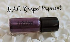 "MAC ""Grape"" Pigment"