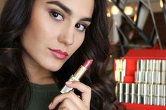 They celebrate Color Riche's 30 anniversary and the Loreal Paris, Your Lips, My Beauty, Lip Makeup, Best Makeup Products, Blush, Lipstick, Celebrities, Berry