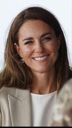 Duchess Kate, Duke And Duchess, Duchess Of Cambridge, Princess Katherine, Princess Charlotte, Prince William And Catherine, William Kate, Estilo Kate Middleton, Middleton Family