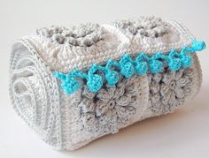 love these crocheted pom poms