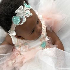 Soft, romantic and charming🍃🌹 Aw 2018, Special Occasion Dresses, Christening, Little Girls, Party Dress, Flower Girl Dresses, Hair Accessories, Romantic, Wedding Dresses