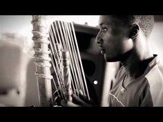 Documental grabado y dirigido por Dani Torres en Bamako (Mali). Jarabedepalo y la ONG VOCES.