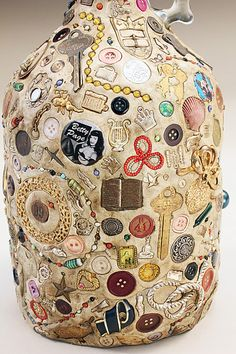 About three years ago, I had this idea to make some memory jugs. I love them - a conglomeration of lost and found pieces - (and I had plenty of these