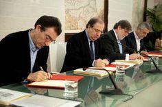 Herrera firma el Acuerdo para la reforma del ECyL y compromete más de 92 millones en un Plan de Estímulos para el Empleo con los agentes económicos y sociales http://revcyl.com/www/index.php/economia/item/2632-herrera-firma-el-acuerdo-para-la-reforma-del-ecyl-y-compromete-m%C3%A1s-de-92-millones-en-un-plan-de-est%C3%ADmulos-para-el-empleo-con-los-agentes-econ%C3%B3micos-y-sociales