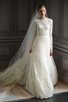 Modest yet stunning gown by Monique Lhuillier.