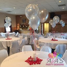 Snowflakes Double Bubble balloon centerpiece for Winter ONEderland theme birthday, #partywithballoons