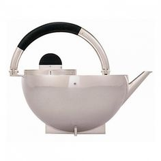 The Bauhaus Teapot by Marianne Brandt is part of the tea and coffee set designed by Marianne Brandt in Only one complete set is known to exist. Design Bauhaus, Bauhaus Style, Architecture Bauhaus, Architecture Design, Design Industrial, Art Nouveau, Design Movements, Teapots And Cups, Tea Service