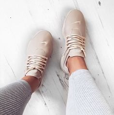 I love this sneakers...I have the grey and white.... i want a baby pink and black....