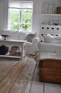#white #parlour with lovely #whitewashed floors