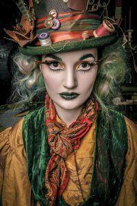 Alice im Wunderland der verrückte Hutmacher Kostüm selber machen   Kostüm Idee zu Karneval, Halloween & Fasching