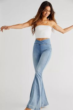 Venice Beach Flare Jeans | Free People High Jeans, High Waist Jeans, Free Clothes, Clothes For Women, Geometric Fashion, Perfect Jeans, Venice Beach, Dark Denim, Stretch Denim