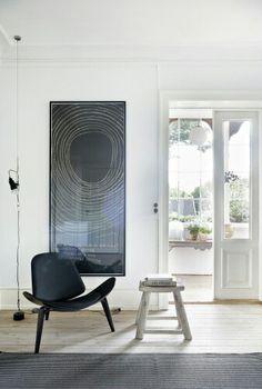 Wonderful artwork and great minimalistic lamp