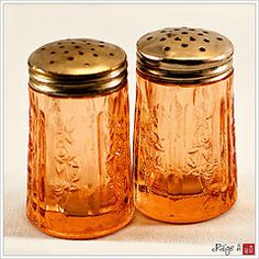 Depression glass salt and pepper shakers..no pattern
