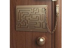 Image shared by Casa Linda Brasil. Find images and videos about funny, humor and decoration on We Heart It - the app to get lost in what you love. Objet Wtf, Door Chains, Door Locks, Cool Ideas, Amazing Ideas, Just In Case, Door Handles, Door Knobs, Haha
