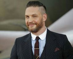 """Tom Hardy Photos - British actor Tom Hardy poses for a photograph upon arrival for the world premiere of """"Dunkirk"""" in London on July / AFP PHOTO / Tolga AKMEN - 'Dunkirk' - World Premiere - VIP Arrivals Most Beautiful Man, Gorgeous Men, Beautiful People, Tom Hardy Dunkirk, Dunkirk Premiere, Tom Hardy Photos, British Actors, Gentleman Style, Hot Guys"""