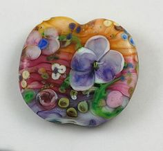 Handmade glass bead by Kybeadmaker