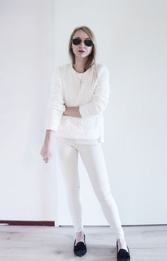 All white outfit - www.lovebeingpetite.com