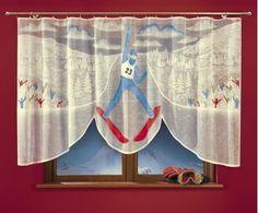 #Gotowa_firanka dla dzieci Skoczek Bardzo piękna firanka z postacią skoczka narciarskiego na tle skoczni.  Ręcznie malowany wzór polecany dla fana skoków narciarskich.    Rozmiar: szerokość: 300 cm ( przed zmarszczeniem) wysokość: 150 cm ( w najdłuższym miejscu) Dostępna na stronie: kasandra.com.pl