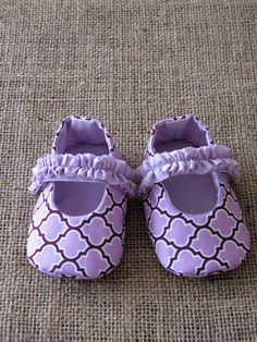Little shoes pattern : Mary Jane Baby Shoes -----> Newborn to 18 months