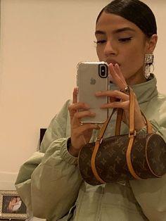Best Aesthetic Clothes Part 25 Chanel Outfit, Chanel Makeup, Estilo Madison Beer, Pochette Louis Vuitton, Vetement Fashion, Cute Bags, Vintage Bags, Luxury Bags, Luxury Purses