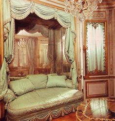 The Méridienne, a small room decorated by Richard Miqué for Marie Antoinette in 1781. The delicately luxurious couch is to die for. Scan from The Grand Tour: Homes of Kings, 1977.