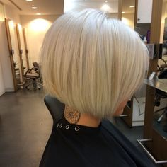 30 Graduated Bob Hairstyles for Fine Hair - hair styles for short hair Graduated Bob Hairstyles, Bob Hairstyles For Fine Hair, Layered Hairstyles, Short Graduated Bob, Girl Hairstyles, Graduated Haircut, Bob Haircut For Fine Hair, Blonde Bob Hairstyles, Hairstyle Short