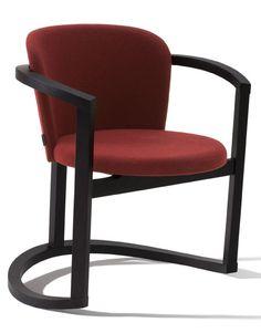 Stir es una silla balancin. Detrás del concepto Stir está Okiagari Koboshi, la tradicional muñeca japonesa de la suerte de papel maché que se balancea pero que siempre regresa a su forma inicial gracias a su equilibrado centro de gravedad. Ligera, envolvente y hecha de laminado de haya, la estética de sus líneas convierten a