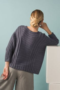 This lush sweater combines simple vertical and horizontal ribbing in a stylish boxy sweater you?ll reach for over and over again. Crochet Shirt, Baby Blanket Crochet, Hand Crochet, Knit Crochet, Baby Knitting Patterns, Crochet Patterns For Beginners, Knitting Projects, Men Sweater, Pullover Sweaters