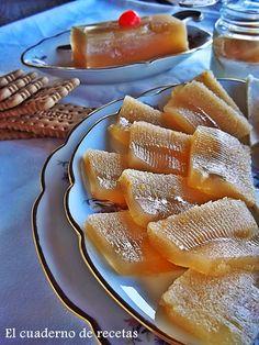 El cuaderno de recetas: Dulce De Manzana Sin Azúcar 4 manzanas, 1 rama de canela, 9 hojas de gelatina y ralladura de naranja