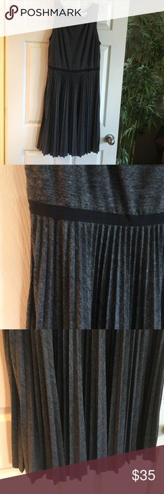 Gray Ann Taylor LOFT dress. Size 12 pleated bottom Gray Ann Taylor LOFT dress. Size 12 pleated bottom, VERY soft fabric. NEVER WORN. Brand new, non-smoking home. Ann Taylor LOFT Dresses