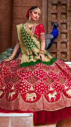 Wedding Lehenga Designs, Designer Bridal Lehenga, Indian Bridal Lehenga, Indian Bridal Outfits, Indian Bridal Fashion, Indian Fashion Dresses, Lehenga Wedding, Lehenga Saree Design, Lehenga Choli