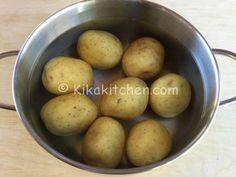 patate per crostata Mozzarella, Pancetta, Potatoes, Vegetables, Food, Food Cakes, Potato, Veggie Food, Vegetable Recipes