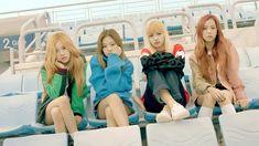 Blackpink Rose, Jennie, Lisa, and Ji Soo Kpop Girl Groups, Korean Girl Groups, Kpop Girls, Black Pink Kpop, All Black, Yg Entertainment, Forever Young, Kim Jisoo Blackpink, K Pop