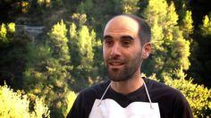 El mató de Marganell. El mató de Marganell o queso fresco, es uno de los vídeos realizados para El Rebost del Bages, comarca catalana, que dedica este espacio para dar a conocer la importancia de sus productos y productores