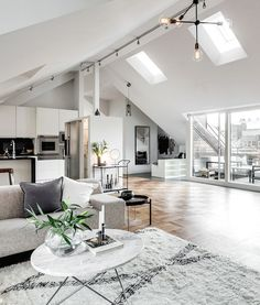 This attic apartment in Stockholm, Sweden is just stunning. minimal interior decor for an apartment or loft Attic Apartment, Dream Apartment, Apartment Interior, Apartment Living, European Apartment, Open Plan Apartment, Apartment Design, Interior Design Inspiration, Home Interior Design