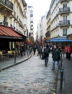 PC170023 Paris V rue de la Huchette reductwk - Rue de la Huchette — Wikipédia