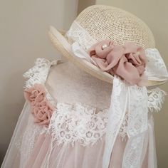 Βαπτιστικά ρούχα για κοριτσάκι  φτιαγμένα με αγάπη by valentina-christina #βάπτιση #βαπτιση #vaptisi#baptisi #vaptism #vaftisi #vaptistika#βαπτιστικα #baby #wendding #greece#athens #vintage#valentinachristina#vaptistika#mpomponieres#mpomponieres#mpomponieresvaftisis#madeingreece#greekdesigners