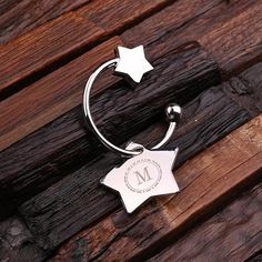 Personalized Polished Stainless Steel Key Chain – Star Charm with Wooden Box Bridesmaid Jewelry, Bridesmaid Gifts, Bridesmaids, Customized Gifts, Personalized Gifts, Custom Gifts, Diy Wedding Gifts, Wedding Ideas, Handmade Wedding