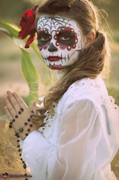 Dia de los Muertos - Day of the Dead Girl homemade costume - Photo 2/3